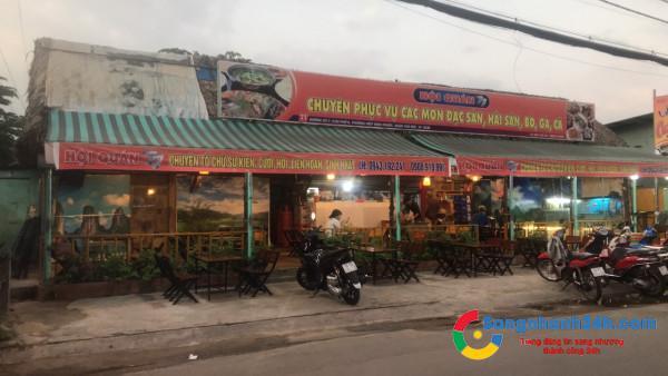 Sang nhanh quán ăn mặt tiền đường lớn, khu dân cư đông đúc, trung tâm quận Thủ Đức.